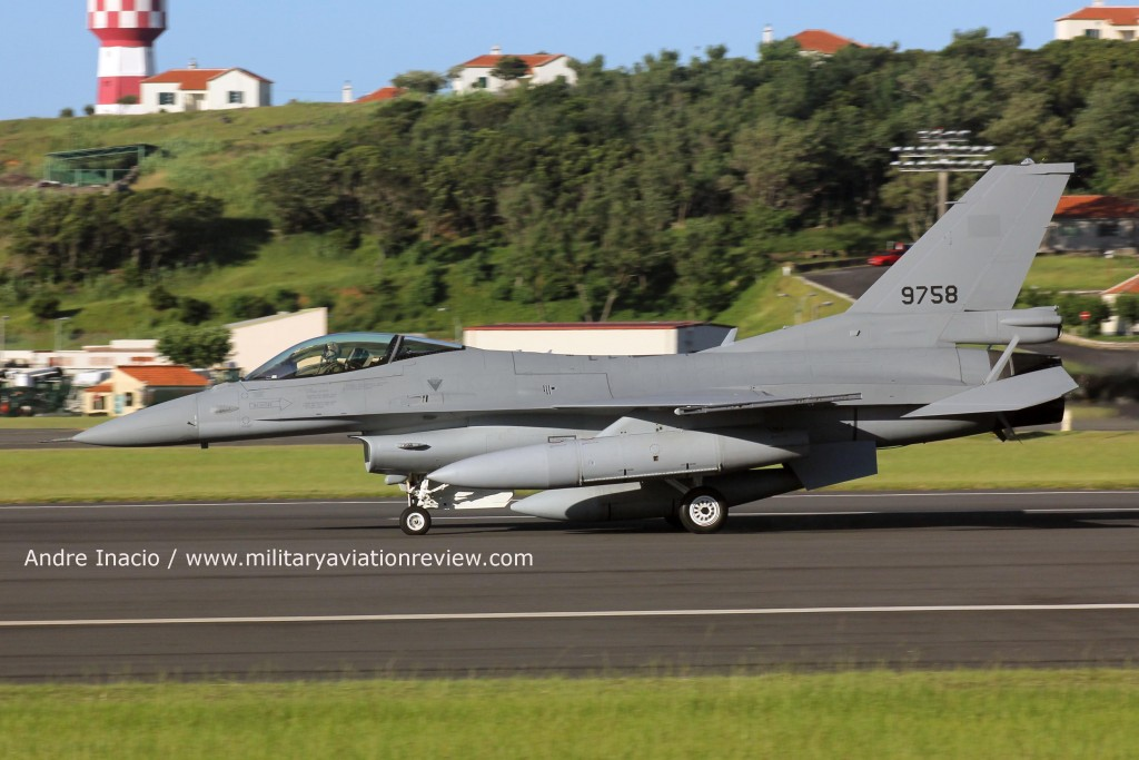Egyptian Air Force F-16C 9758 at Lajes (Andre Inacio)