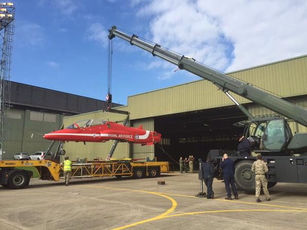 XX306 being readied for transport at RAF Cranwell (RAF/Red Arrows)