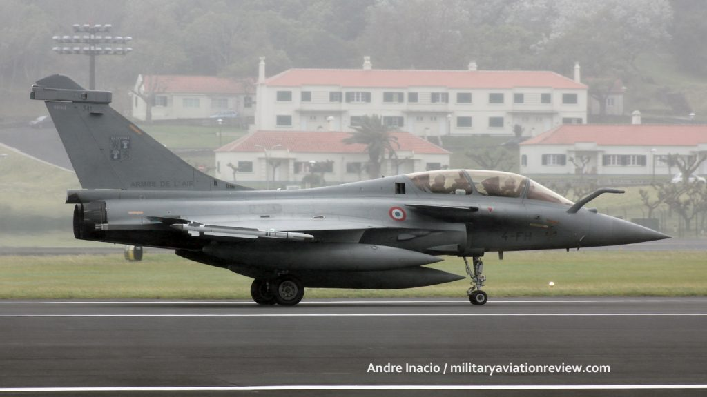 Rafale B 341/4-FH arriving at Lajes on 06.06.16 (Andre Inacio)