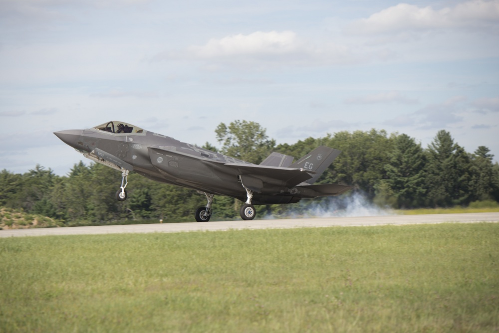 Col. Lance Pilch, 33rd Fighter Wing commander, lands at Volk Field, Wis. Aug. 23, 2016, during Northern Lightning.  (U.S. Air Force photo by Senior Airman Stormy Archer)