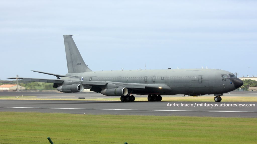 Israeli Air Force Boeing KC-707 264 at Lajes on 07.08.16 (Andre Inacio)