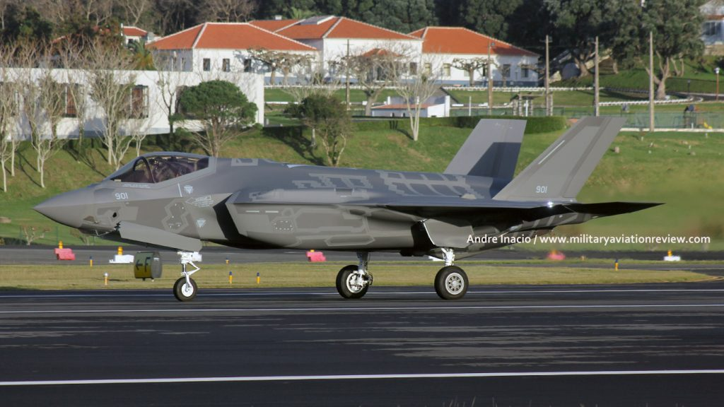 Israeli Air Force Lockheed F-35I 901 arriving at Lajes on 06.12.16 (Andre Inacio)