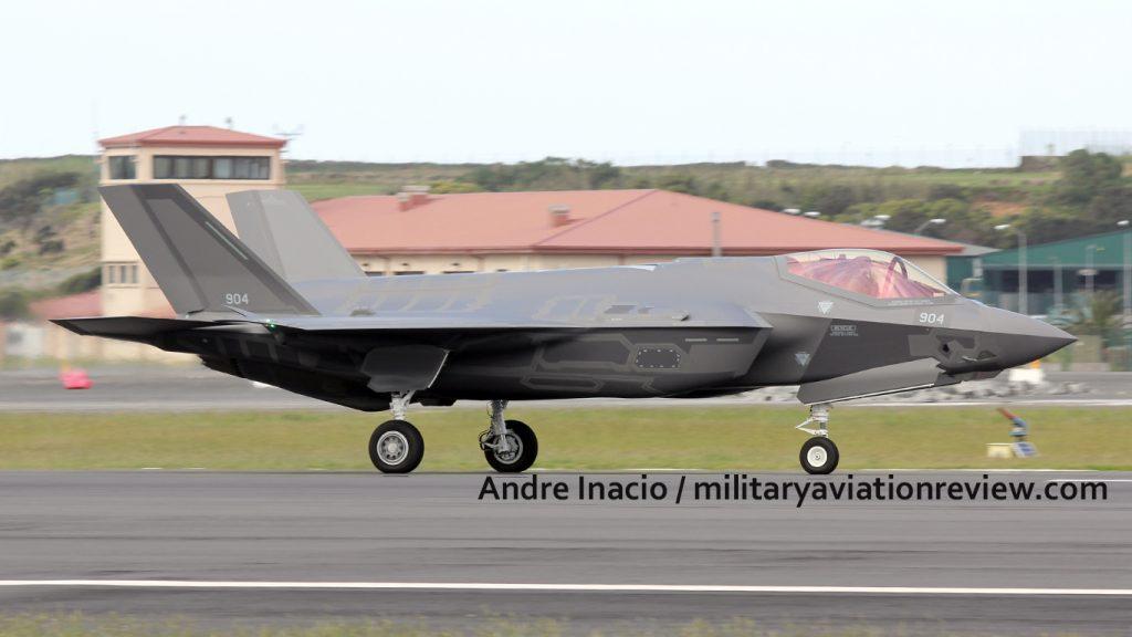 """بالفيديو.. تل أبيب تتسلم 3 مقاتلات """"F-35"""" 904-1-1024x576"""